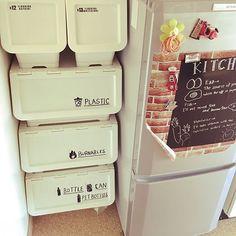 のキッチン/ゴミ箱/コンテスト用に再投稿/キャリコはごみ箱/カインズホームのキャリコについてのインテリア実例を紹介。「キャリコで作ったゴミ箱は我が家にシンデレラフィット! ラベルは手書きの自作です。」(この写真は 2017-01-05 15:22:09 に共有されました)