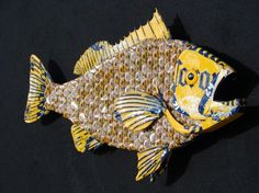 Metal Bottle Cap Fish Wall Art Grouper Capper 2 by EricsEasel Beer Cap Art, Beer Bottle Caps, Bottle Cap Art, Bottle Cap Projects, Bottle Cap Crafts, Fish Wall Art, Fish Art, Beer Cap Crafts, Art Textile