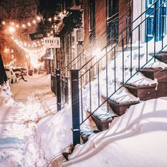 New York City Snow This is one of my favorite blocks in my neighborhood. I visit it nearly every time I photograph snowstorms in New York City. It's my happy place. ✨✨✨ A number of you have asked me if I sell my photography as prints. I do! I just added my recent blizzard photos to my collection. All the info (all of it!) here: New York City Blizzard Photos ❄️
