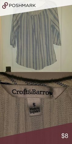 Croft & Barrow Balloon shirt Cute blue and white striped balloon sleeve Croft & Barrow shirt. Would bundle well with wedges in photo, sold separately! :) croft & barrow Tops