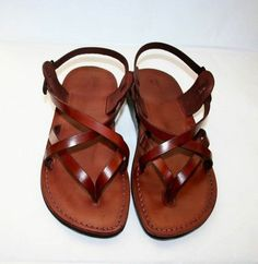 sandales en cuir marron, sandales plates femme en cuir marron