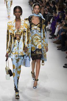 Défilé Versace Printemps-été 2018 34