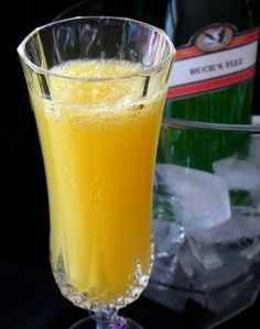 Buck's Fizz - Champagne and Orange Cocktail