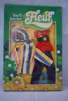 Fleur doll ,Original outfit card