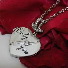 UNIQUE NECKLACE LOCKET GIRLFRIEND WIFE MUM SISTER RARE XMAS PRESENT GIFT FOR HER