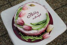 Tulip cake by Fatiha Kadi