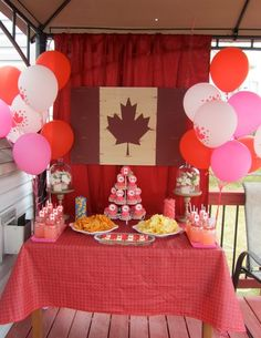 Canada Day Decor (Many Pictures)