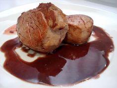 Solomillo de cerdo con salsa de cebolla y oporto Thermomix