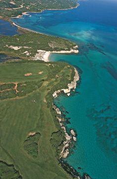 La plage du petit Sperone... Crédit-photos: Editions Corse