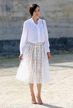 White, White, Holes | Street Fashion | Street Peeper | Global Street Fashion and Street Style