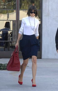 Katie Holmes' enormous red Hermes Travel Birkin