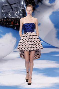 Dior Autumn-Winter 2013 Ready-to-Wear – Look 13: cobalt silk bustier with a pale pink silk skirt. Discover more on www.dior.com #Dior#PFW