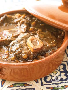 5 Great Venison Marinades to Try at Home Looking for the perfect venison marinade? Venison Marinade, Cooking Venison Steaks, Venison Recipes, Venison Osso Bucco Recipe, Veggie Recipes, Cooking Recipes, Cooking Ribs, Cooking Games, Veggie Food