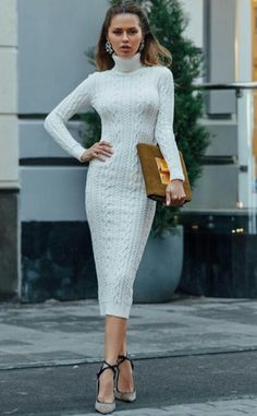 Gorgeous lace ღ Awesome fashion clothes for stylish women f Warm Dresses, Casual Dresses, Dress Outfits, Fashion Dresses, Knitwear Fashion, Mode Inspiration, Pulls, Knit Dress, Autumn Fashion