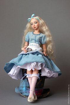 Купить Алиса фарфоровая шарнирная кукла - бежевый, фарфор, фарфоровая кукла, шарнирная кукла
