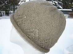 This gorgeous hat is inspired by the Cascade Mountain Range in the Pacific Northwest. It's an adult size and uses approx 100yrds meaning you can make more than one project if you decided to use the Sirdar Beachcomber.   This is a free pattern and recommends you use a 4.5mm pair of needles Indoor Crafts, Knit Crochet, Crochet Hats, Yarn Inspiration, Beanie Hats, Knitted Hats, Free Pattern, Knitting Patterns, Sisters