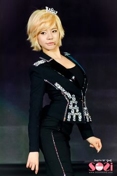 SNSD's Lee Soonkyu aka SUNNY!