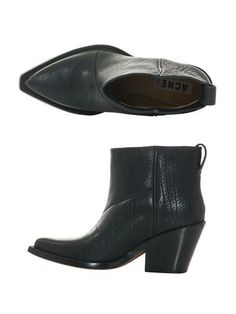 Acne Donna Boots $597