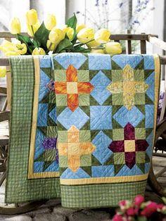 "quilt pattern: ""Garden Stars"" (from )FREE quilt pattern: ""Garden Stars"" (from ) Stripe Quilt Pattern, Striped Quilt, Quilting Tutorials, Quilting Projects, Quilting Designs, Quilting Ideas, Star Quilts, Easy Quilts, Quilt Block Patterns"
