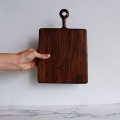 ariele alasko - small walnut board