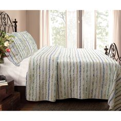 Jasmine Ruffled Cotton 3-piece Quilt Set - Overstock™ Shopping - Great Deals on Quilts