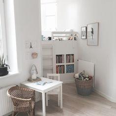 Kleines Kinderzimmer, Kinderzimmer Einrichten, Schlafzimmer Mädchen,  Geliebtes Zuhause, Sommerhaus, Hochbett, Kreative Ideen, Inneneinrichtung,  ...