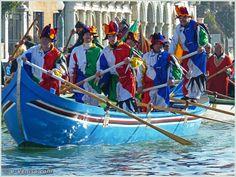 Carnaval de Venise 2010 - Le Carnaval en bateau des Vénitiens et le vol de la Pantegana