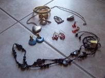 jewelry lot gorgeous brooch earrings necklaces charm very nice free shipping