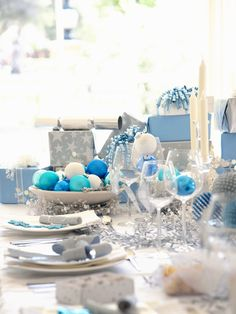 Dazzling winter table setting