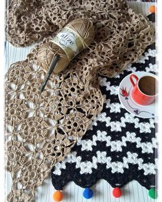 Diy Crafts - DIY & crafts projects, contents and more - Diy Crafts Diy Crafts 507217976784113167 P Crochet Wool, Crochet Cardigan, Irish Crochet, Crochet Shawl, Crochet Doilies, Easy Crochet, Crochet Flowers, Lace Fabric, Fabric Flowers