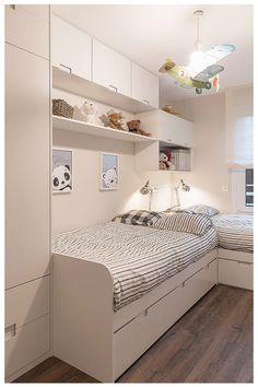 Umfassende Reform in Neguri: Gumuzio & Migoya Kinderzimmer Architektur und Innenarchitektur - - - Trendy Bedroom, Modern Bedroom, Kids Bedroom, Master Bedroom, Bunk Bed Designs, Small Bedroom Designs, Design Bedroom, Bedroom Decor, Bedroom Furniture