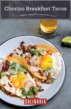 Up your taco game with these egg and chorizo breakfast tacos that can easily serve double duty at breakfast or dinner. Chorizo Breakfast, Breakfast Tacos, Avocado Breakfast, Breakfast Ideas, Breakfast Recipes, Breakfast Club, Chorizo And Potato, Slow Cooker Barbacoa, Sicilian Recipes
