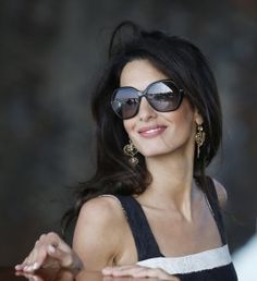 British human rights lawyer Amal Clooney has reportedly been taking acting classes so that she can land a cameo in one of her husband George Clooney's films.While Amal has no plans to make a move from law to the film industry, she is George Clooney, Olivia Palermo, Cheap Ray Ban Sunglasses, Sunglasses Women, Nice Sunglasses, Amal Alamuddin Style, Lady, Victoria Beckham, Style Icons