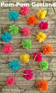 Make a Pom-Pom Garland Using a Kitchen Fork! - Yes, you can make your own pom poms using a kitchen serving fork! And you can use a regular fork too, for smaller…