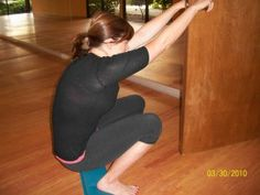 The perfect squat. Take charge of your pelvic floor with this move and forget the kegels.