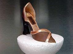 how to make a gum paste shoe