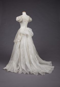 "fashionsfromhistory: "" Wedding Dress 1950-1959 Goldstein Museum of Design """