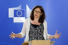 "Populism is a ""dangerous"" trend in #EU, #USA: #EU trade commissioner..."