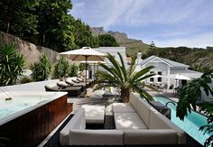 2Inn1 Kensington, Cape Town Central, South Africa  // Article: Most Romantic Hotels To Honeymoon