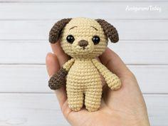 Tiny puppy crochet pattern by Amigurumi Today - Neues Spielzeug Crochet Toys Patterns, Crochet Crafts, Yarn Crafts, Doll Amigurumi Free Pattern, Amigurumi Doll, Diy Sewing Projects, Crochet Projects, Mini Puppies, Stuffed Animal Patterns