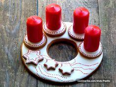 Adventni venac od medenjaka by danielabasic — Coolinarika Ceramic Wall Art, Buttercream Flowers, Sugar Art, Gingerbread, Holiday, Christmas, Candle Holders, Pottery, Candles