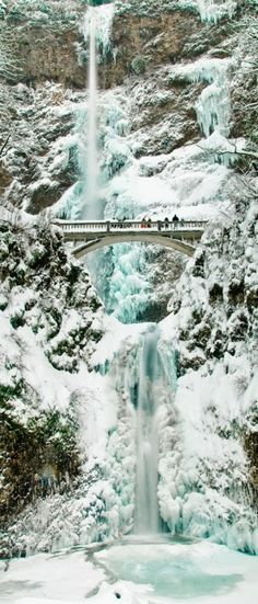 This is Multnomah Falls in Oregon. I've been here SOOOOOOOO many times and even when it's been snowy like this. It's amazing!