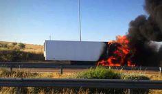 Elvas: Incêndio destruiu galera de camião em plena A6 | Portal Elvasnews