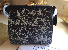 Lulu Guinness floor print grainy leather bag. Flora frame bag. Lulu dust bag. Black leather strap with antique gold hardware. Lulu lip shape clasp with red enamel. | eBay!