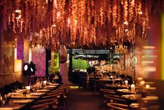 Der Schlüssel zur Nacht - Undercover im Club X | dasbiber The Block, Candles, Huge Mirror, Famous Faces, Bartenders, Night, Candy, Candle Sticks, Candle