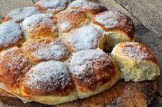 Danubio al limone, dolce lievitato, ricetta facile, pan brioche profumato, ricetta con limone, dolce da merenda o colazione, ideale per farciture con marmellate