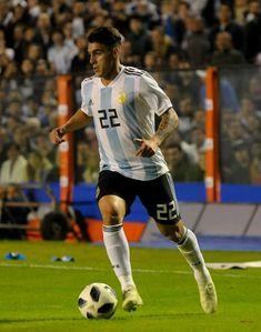 Neymar, Football Players, Cami, Soccer, Wallpaper, Hs Football, Calamari, Soccer Players, Photos