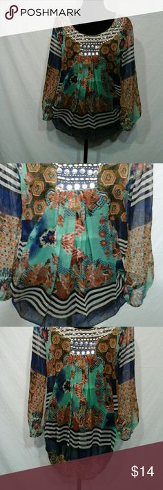 NWT SHEER BLOUSE SZ MED Beautiful print top elastic bottom and sleeves CALIFORNIA  BREEZE  Tops Blouses