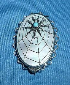 RARE ANTIQUE VICTORIAN / EDWARDIAN STERLING SILVER MOTHER OF PEARL SPIDER BROOCH