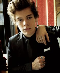 Harry Styles 2013, Harry Styles Memes, Holmes Chapel, King Fashion, My Only Love, Mr Style, I Love One Direction, 1d And 5sos, Harry Edward Styles